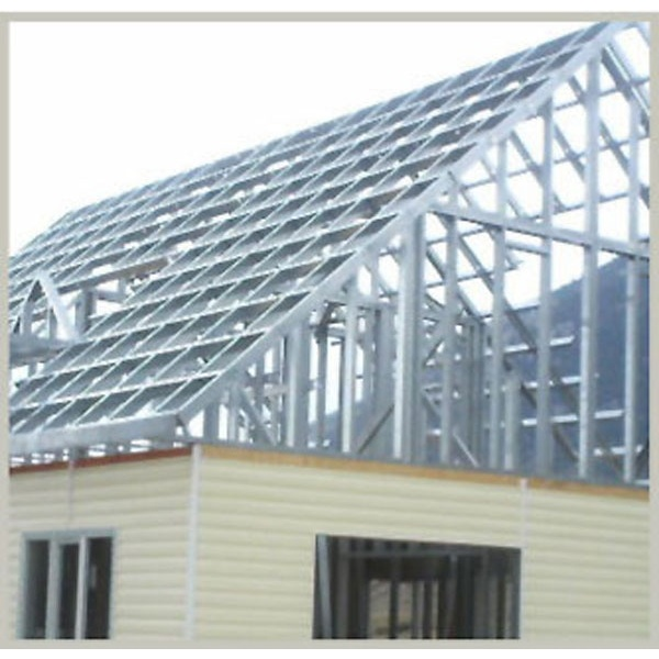 Çelik çatı dayanıklı ve kolay yapıldığı için genelde büyük binalarda tercih edilen çatı çeşitidir.